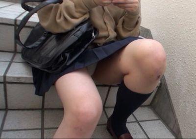 女子高校生の制服を窃盗収集